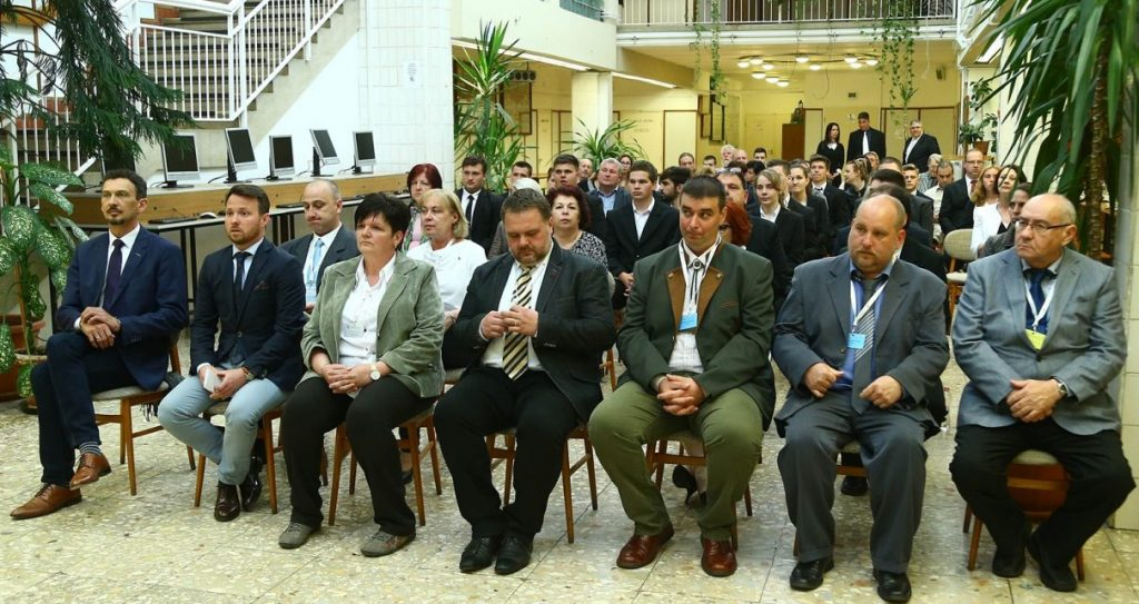 Megnyitották az országos szakmai tanulmányi versenyt a Gregusban